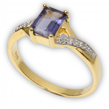 Diamonds Iolite