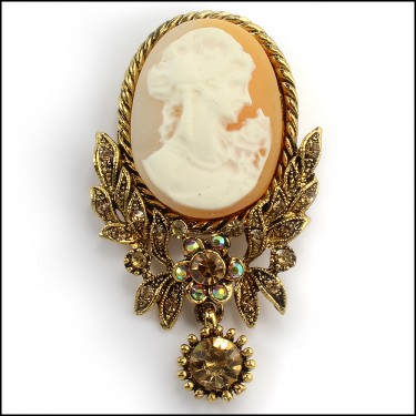 Maiden Brooch