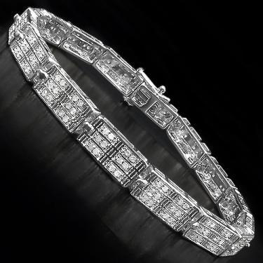 1.09CTW Diamonds
