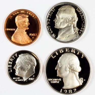 1982 PR 4 Coin